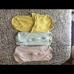 Accessories - Three newborn swaddles and sleep sacks